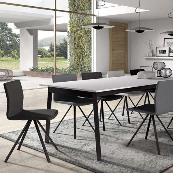Chaise design en métal et synthétique - Silva