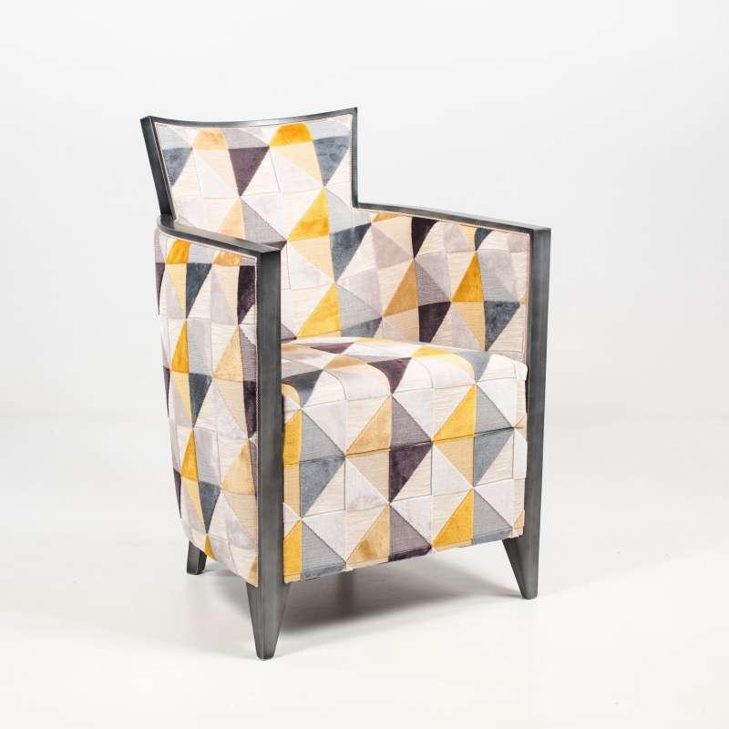 fauteuil art dco fabriqu en france en tissu avec motifs et bois nathan 3 - Fauteuil Art Deco