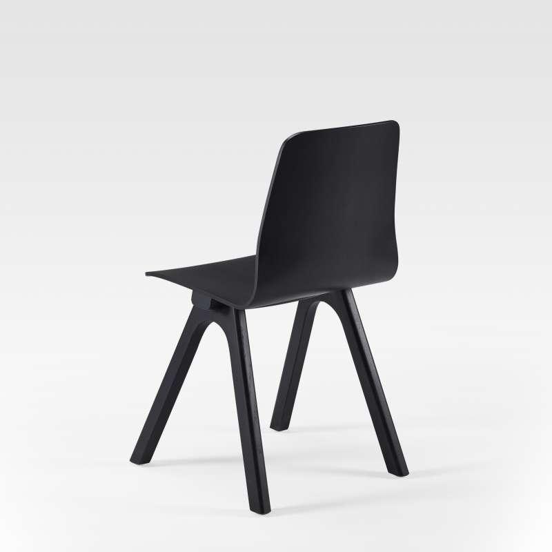 Chaise de designer en bois fabriqu e en france chevron for Chaise francaise