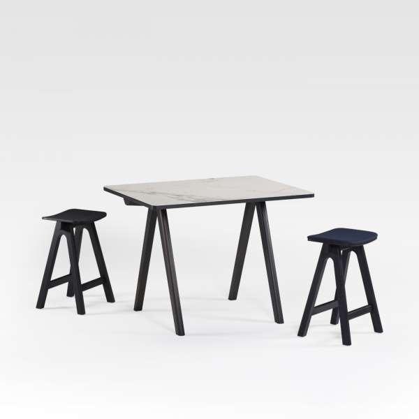 table haute de designer en c ramique et bois de fabrication fran aise chevron 4 pieds. Black Bedroom Furniture Sets. Home Design Ideas