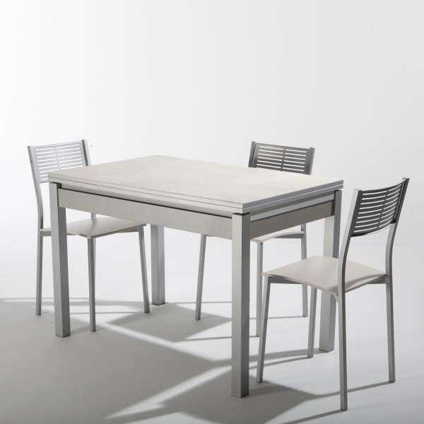Beautiful table de jardin aluminium iris gallery awesome for Table extensible petit espace