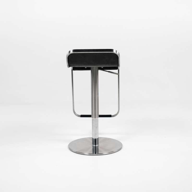 tabouret r glable en hauteur en synth tique et m tal chrom new york 4. Black Bedroom Furniture Sets. Home Design Ideas