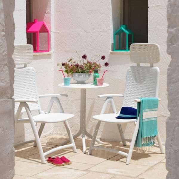 salon de jardin d tente en polypropyl ne step 4 pieds tables chaises et tabourets. Black Bedroom Furniture Sets. Home Design Ideas