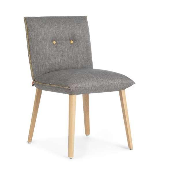 Chaise cocooning en tissu avec boutons décoratifs -  Soda Mobitec®