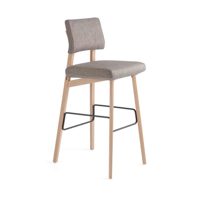 tabouret de bar style scandinave en tissu et bois lindsay mobitec 4. Black Bedroom Furniture Sets. Home Design Ideas