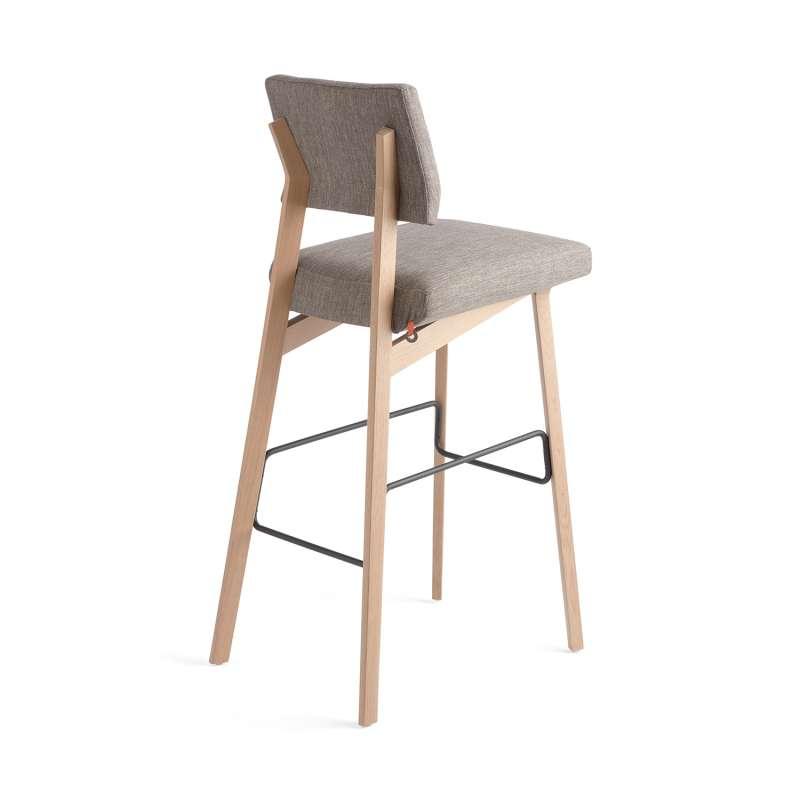 tabouret de bar style scandinave en tissu et bois. Black Bedroom Furniture Sets. Home Design Ideas