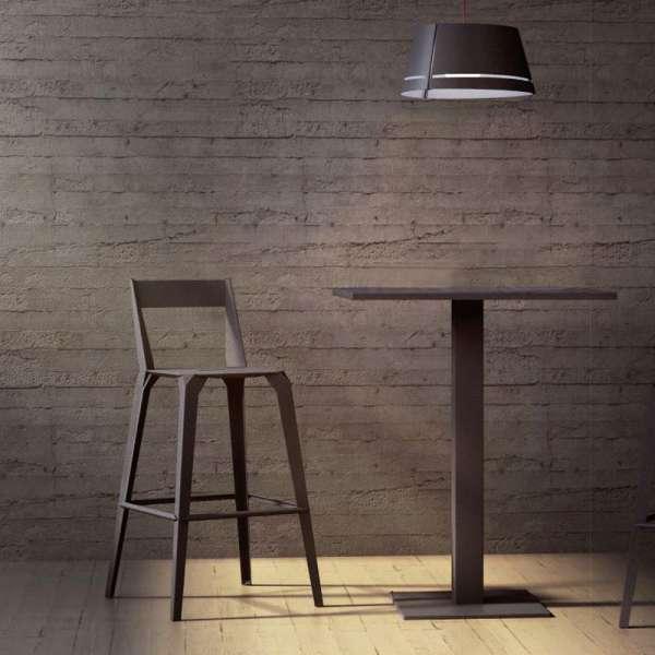 tabouret snack industriel fran ais en m tal avec dossier valence 4. Black Bedroom Furniture Sets. Home Design Ideas