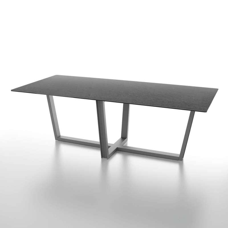 table de s jour design en c ramique rectangulaire pieds en m tal viktor 4 pieds tables. Black Bedroom Furniture Sets. Home Design Ideas