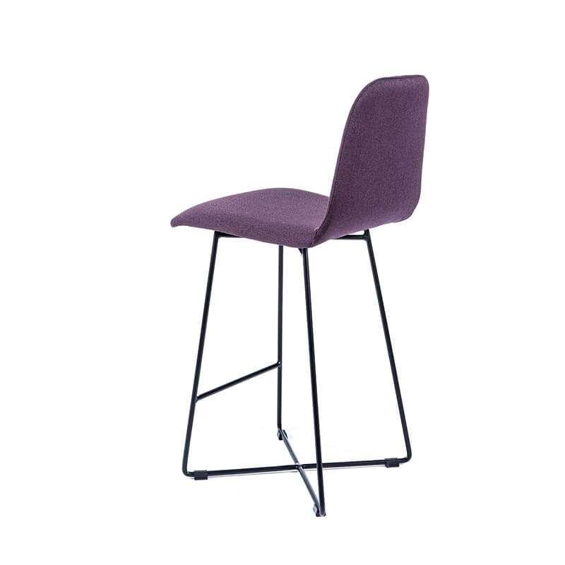 tabouret snack scandinave en tissu avec pieds filaires en m tal noir pandora 4. Black Bedroom Furniture Sets. Home Design Ideas