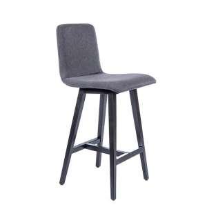 Tabouret style scandinave en tissu gris et pieds bois noir - Plaza