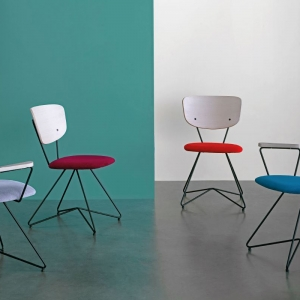 Chaise de designer italienne en tissu - Xylon