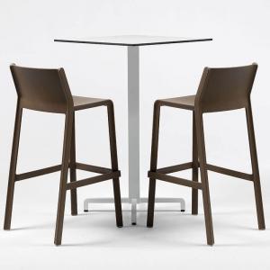 Tabouret de bar moderne empilable en polypropylène marron tabac - Trill stool
