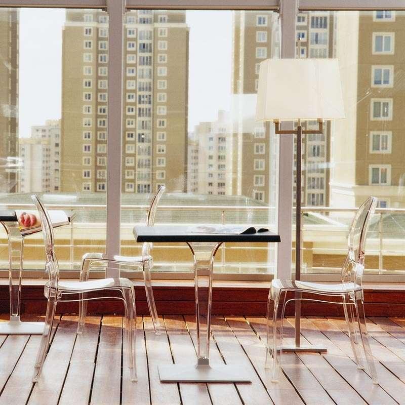 chaise m daillon transparente en polycarbonate elizabeth 4. Black Bedroom Furniture Sets. Home Design Ideas